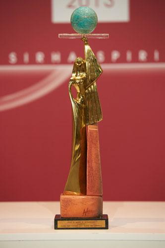 0306-CMP 2013-trophée
