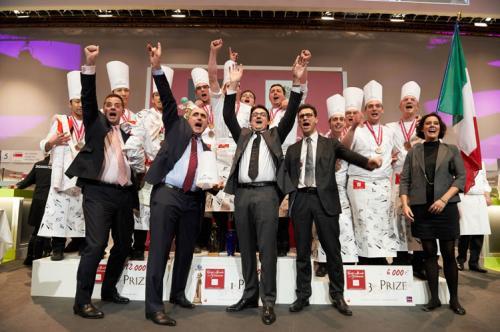 0785-CMP 2013-podium valrhona